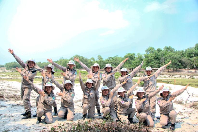 243 NPA RENEW All Female BAC Team